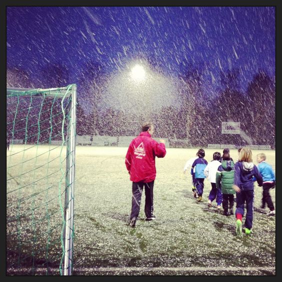 Keep your kids warm when playing football!